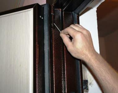 ремонт металлических входных дверей